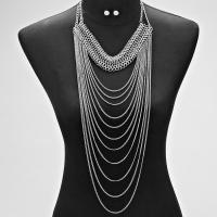 Donna Silvrer Dangle Necklace
